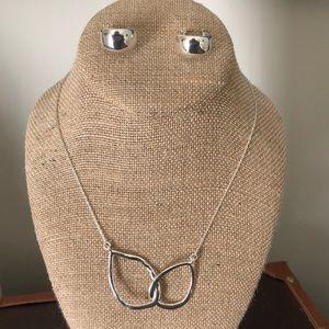 Double Teardrop Necklace